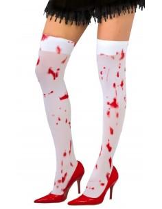 Calzas blancas con sangre